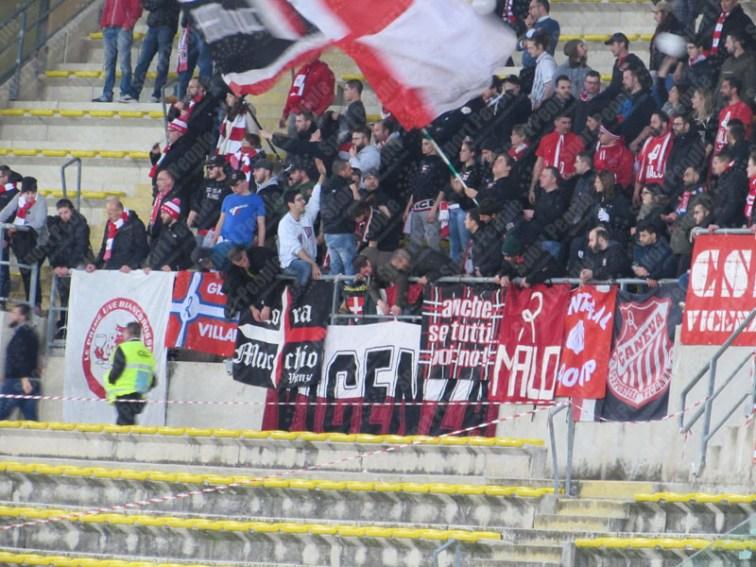 Bari-Vicenza-Serie-B-2016-17-12