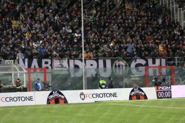 Crotone-Juventus-Serie-A-2016-17-08