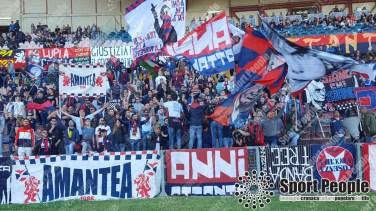 Cosenza-Foggia-Lega-Pro-2016-17-03