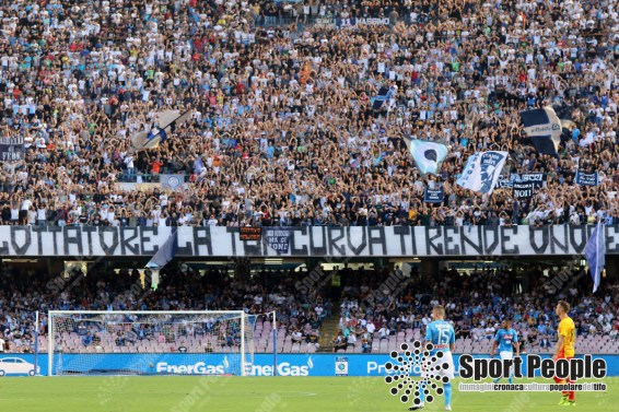 Napoli-Benevento-Serie-A-2017-18-11