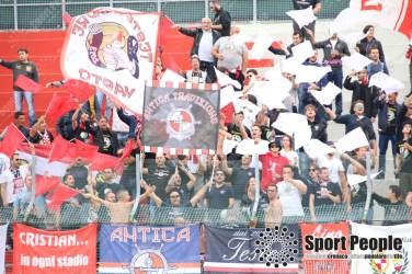 Vis-Pesaro-Vastese-Serie-D-2017-18-05