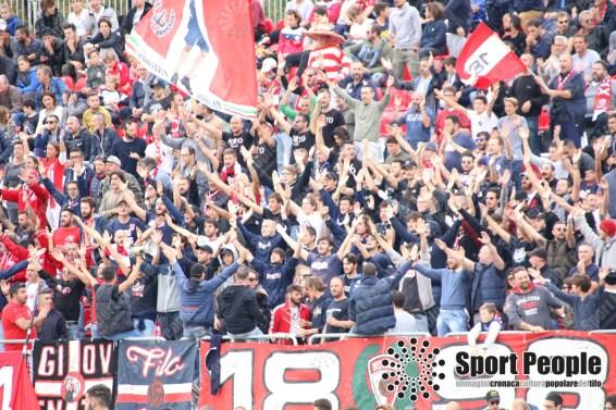 Vis-Pesaro-Vastese-Serie-D-2017-18-12