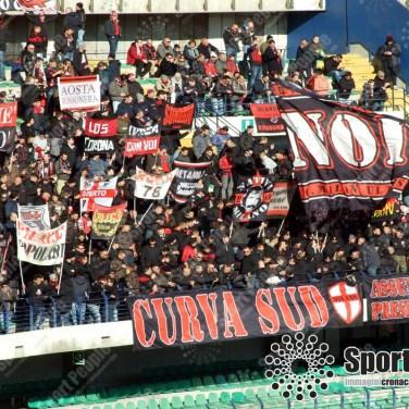 Verona-Milan-Serie-A-2017-18-12