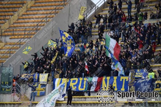 Bari-Frosinone-Serie-B-2017-18-12