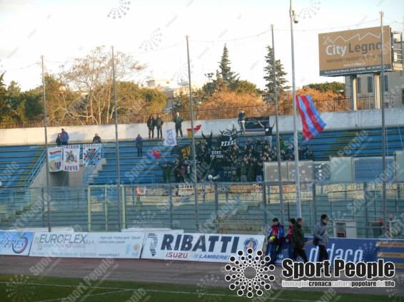 Fidelis-Andria-Catania-Serie-C-2017-18-05
