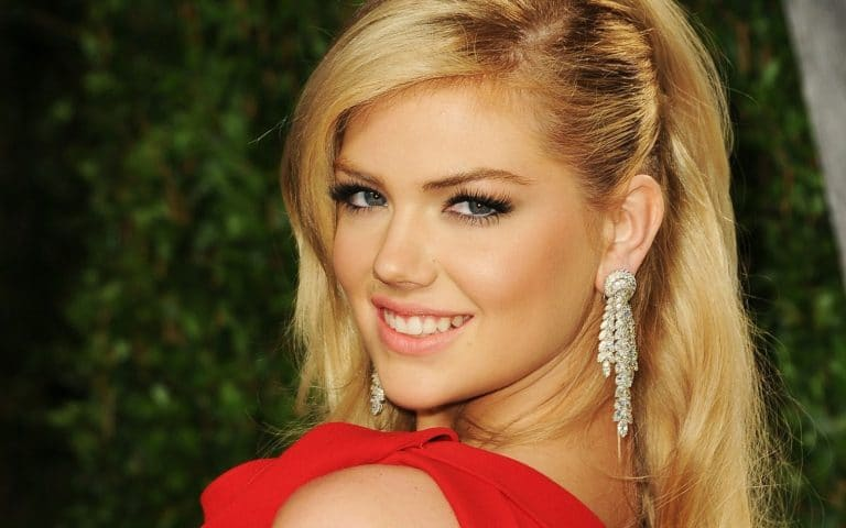 arnold palmer sneaked a smooch before his date with kate upton (photo)