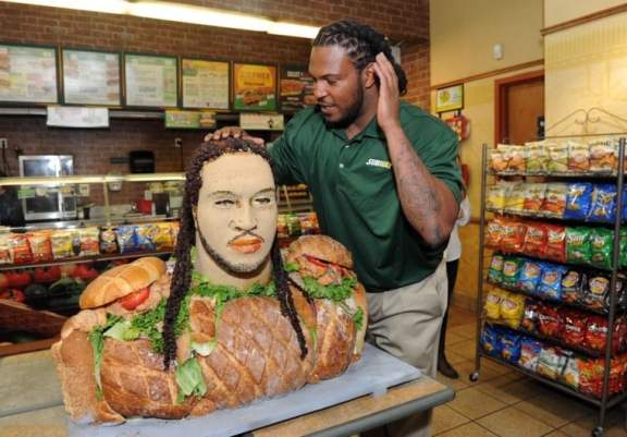 jarvis-jones-subway-bust