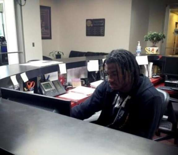 robert-griffin-iii-receptionist-2