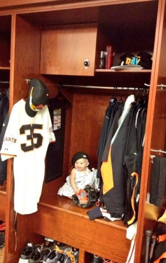 brandon-crawford-daughter