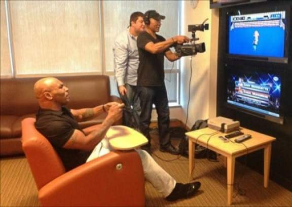 mike-tyson-playing-punch-out