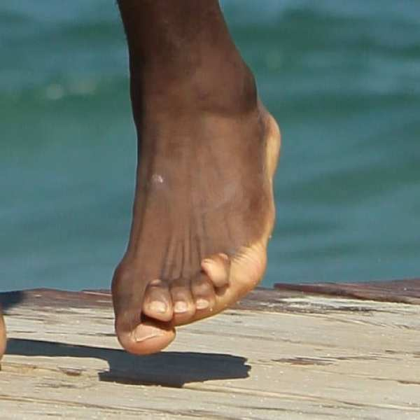 lebron-james-toes-close-up