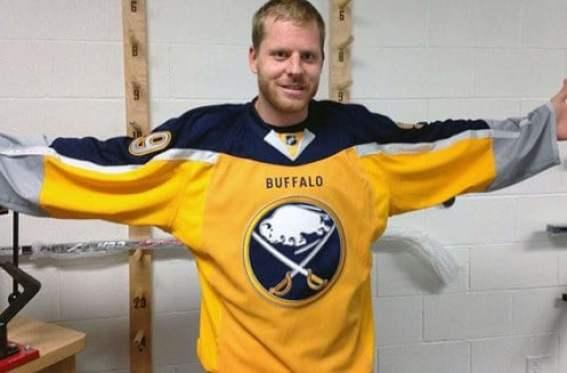 buffalo-sabres-third-jersey