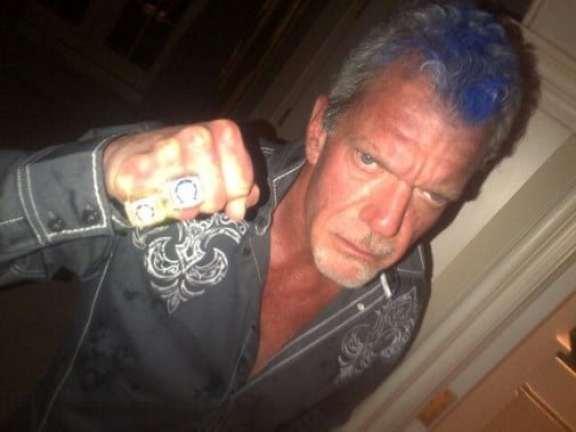 jim-irsay-blue-mohawk