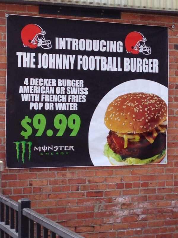johnny-football-burger