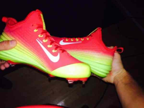 mike-trout-nike-shoes