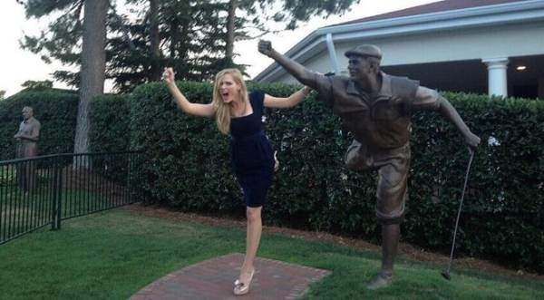 payne-stewart-statue-daughter
