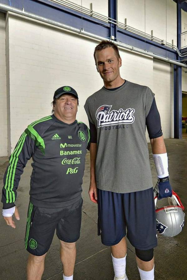 tom-brady-mexico-coach