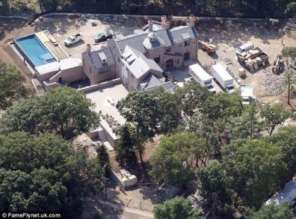 tom-brady-brookline-mansion-2