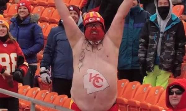 chubby-chiefs-fan