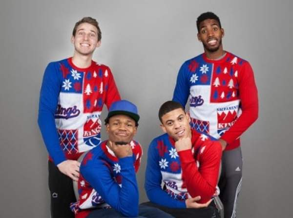 kings-ugly-sweaters-4