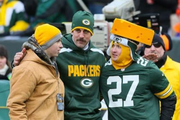 aaron-rodgers-cheesehead