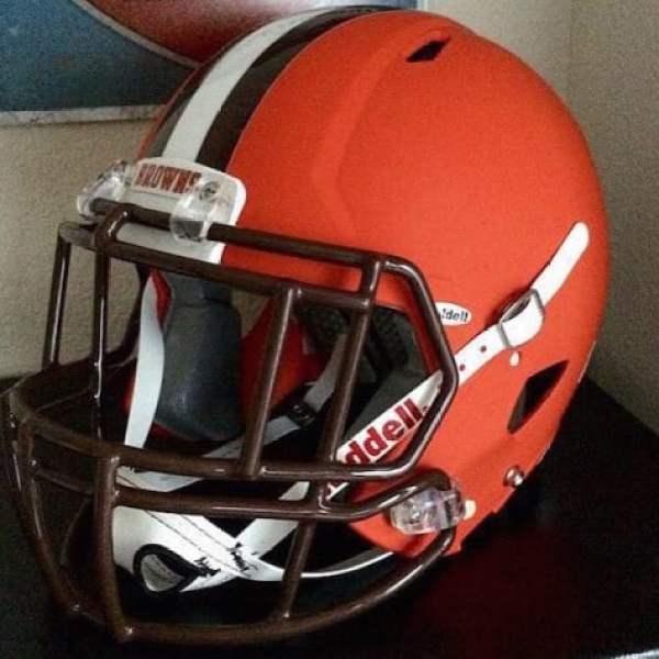 browns-new-helmet