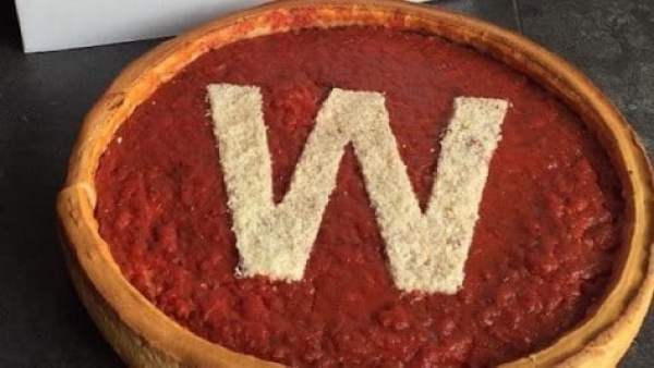 cubs-pizza