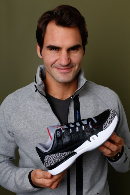 roger-federer-talks-nike-zoom-vapor-tour-aj3-black-cement-02
