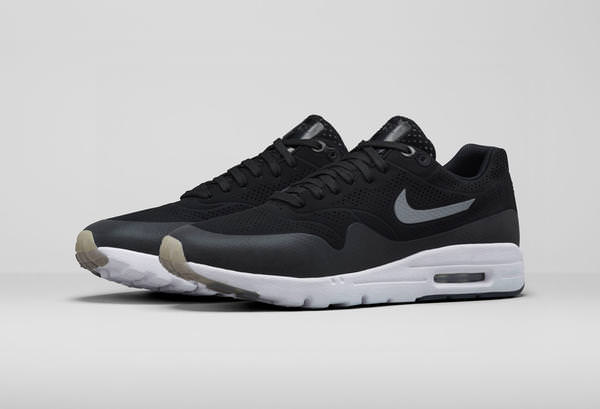 01_NIKE_AirMax_1_Ultra_Moire_704995_001_F_native_600