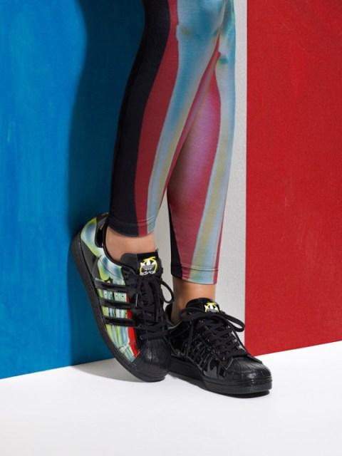 adidas-originals-rita-ora-spring-summer-2015-o-ray-pack-lookbook-04-570x760