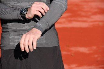 odlo-herren-bekleidung-running-warm-schwarz-weiss-2