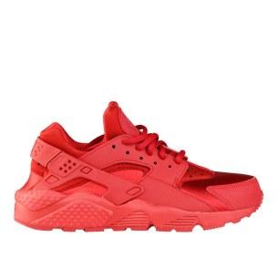 RS101519_Foot Locker_Nike Huarache Women 315243994902_01-scr
