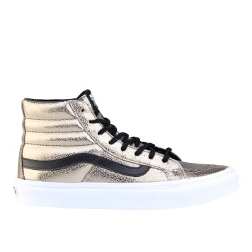 RS101533_Foot Locker_Vans Sk8 Hi Metallic Women 315552195802_01-scr