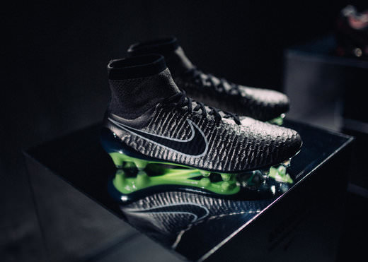 nike-Metallic-Pewter-Magista