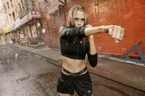 puma-cara-delevigne-rihanna-do-you-womens-campaign-16aw_cc_wmn_do-you_cara_170-065