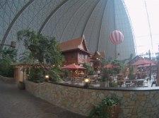 tropical-islands-restaurants