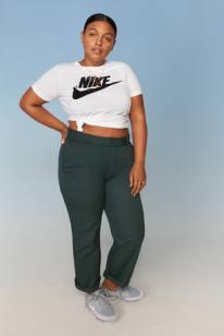 Nike-Plus-Size-Collection-Sportbekleidung-Paloma-Elesser-2-3_67021