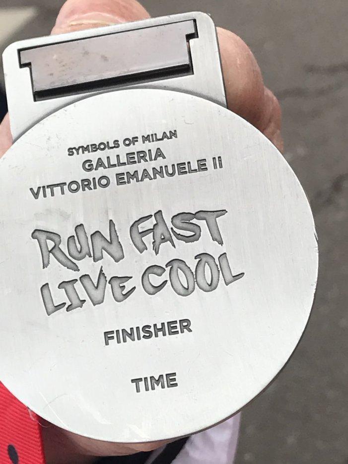 milano-marathon-mailand-sports-insider-medaille-hinten