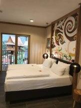 Hotel-Zimmer-Tropical-Islands-Uebernachten-schlafzimmer