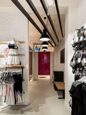 Hunkemoeller-Sport-HKMX-Store-Berlin-Mitte-Shop-16