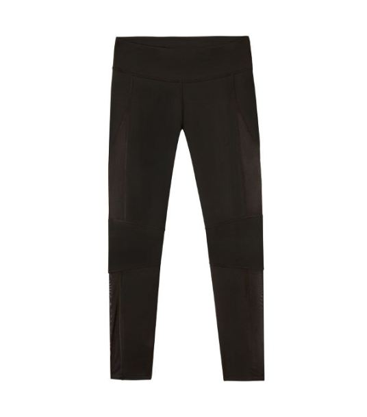 demi-lovato-fabletics-black-leggings