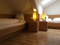 Lanerhof_winkler_hotel_pustertal_Suedtirol_wellness_urlaub_familienhotel_test_kronplatz_outdoor_berge_012_familien_zimmer_8