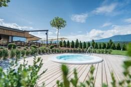 Wellness-Winklerhotels-sonnenhof-pool