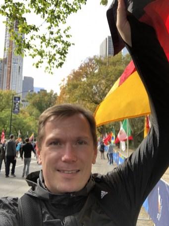new-york-marathon-zielbereich-deutschland-fahne-germany-flag