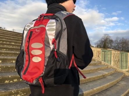 Max-Fred-Rucksack-Midi-Kids-15L-Kinder-Outdoor-Wandern-Schule-vorn-sports-insider