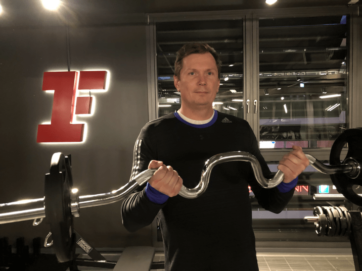 fitness-first-berlin-steglitz-ssc-bizeps-curls