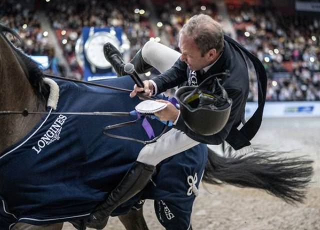 WATCH: Show jumper Geir Gulliksen won the World Cup at the age of 60