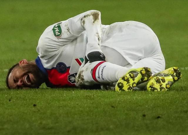 Neymar injured, out for three weeks