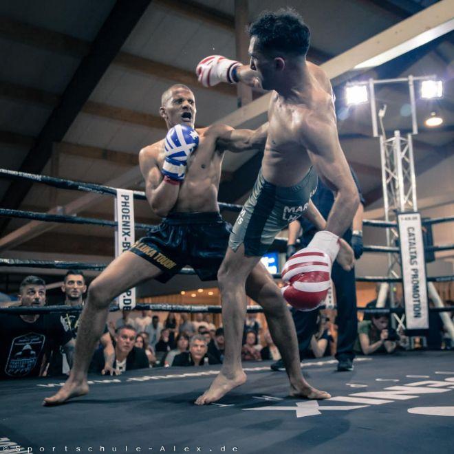 Luka Touon von der Sportschule Alex, kämpft im Kickboxen K1 bei der Phönix Fight Night 2017, Gala Verband: WKU Foto: Marcela Kamanis, Kampfsport