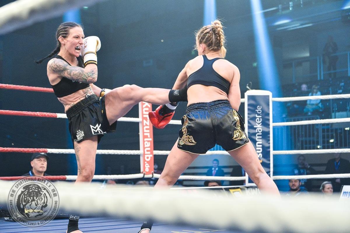 SAT.1 ran FIGHTING Gala: Juliane Werner ist neue Profi Deutsche Meisterin
